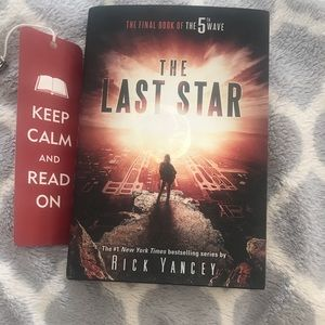 The Last Star book 3 by: Rick Yancey